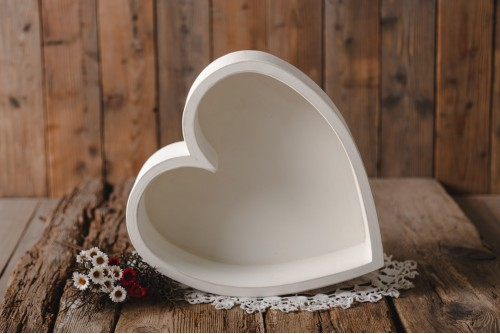 WOODEN HEART BOWL - COUNTRY...